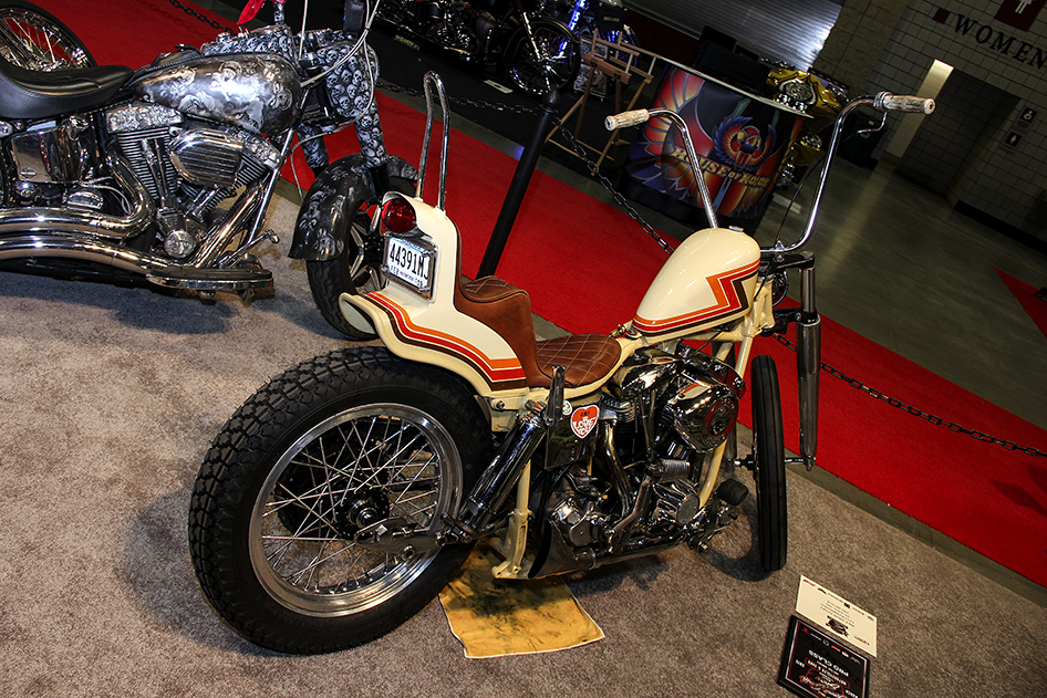 Retro FLH in the pro class at the 2019 Donnie Smith Bike and Car Show