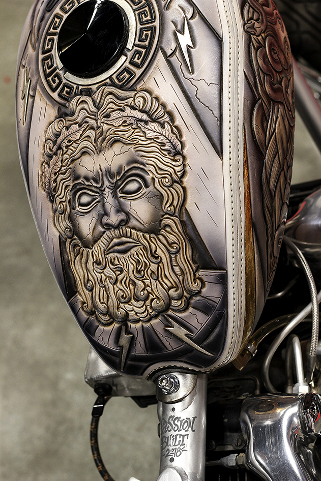Chopper Zeus leather tank with gilding